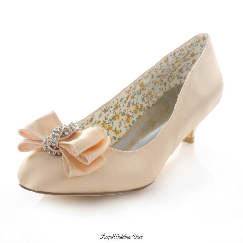 23ed5b236110 Round-Toe Kitten-Heel Satin Champagne Wedding Shoes with Beads Bowknot